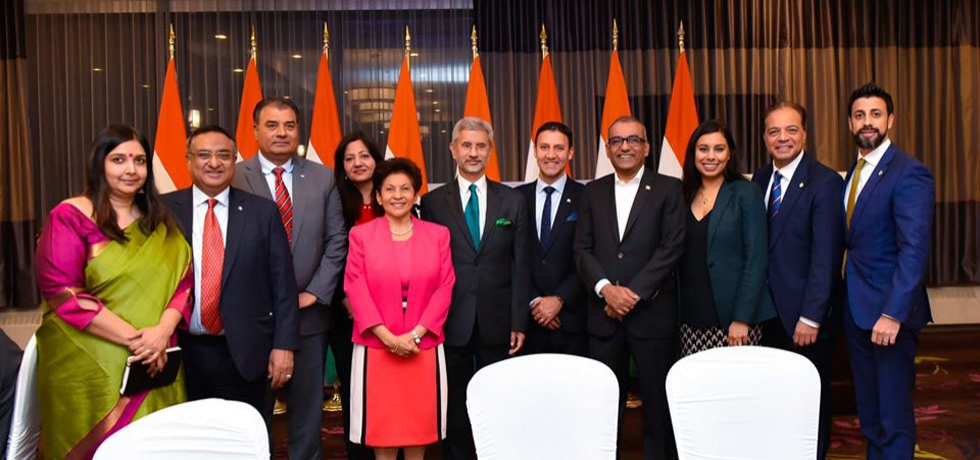 EAM Dr. Jaishankar with Members of Canadian Parliament at the community reception hosted in December 2019.